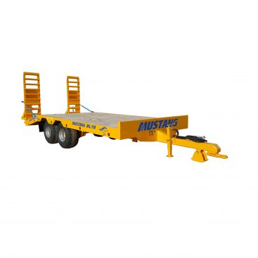 Žemaitukas ML-110 žemagrindė platforma, tralas prie traktoriaus