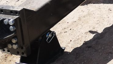 Mustang trailer metal support leg under drawbar