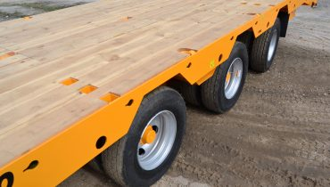 holes for outriggers Gigant LowBed Mustang LowBed Zemaitukas Priekaba ML-110 2