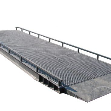 Mobile yard ramp for loading and unloading GIGANT - IMPLEMEX
